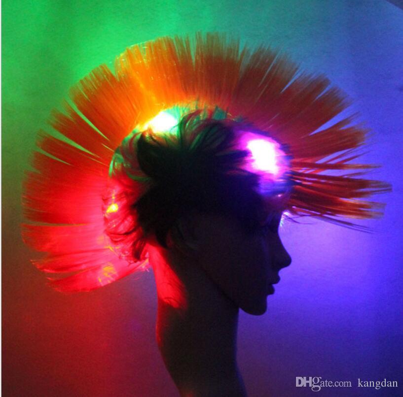 Levou Mohawk Perucas Iluminado Punk peruca Mohican Penteado festival perucas festa de palhaço engraçado peruca brasil fãs de futebol piscou perucas