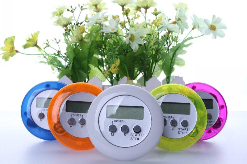 Kitchen Cooking Timer Round Digital LCD Display Mini Timer 100 Minutes Time Alarm Countdown Timer multicolor 250pcs