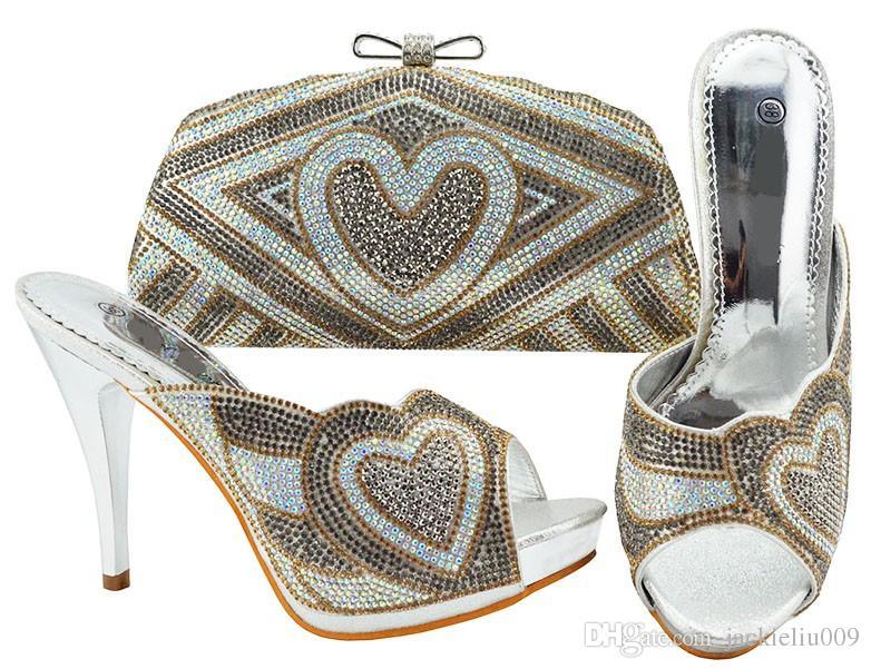 Boa venda de prata mulheres bombas com coração padrão de strass saco para vestido africano sapatos jogo bolsa combinada JZC005