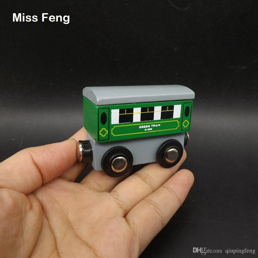 Carro verde Modelo magnético de madera del tren Juego educativo Juguete Aprendizaje temprano Juguete educativo Regalo de madera Juego