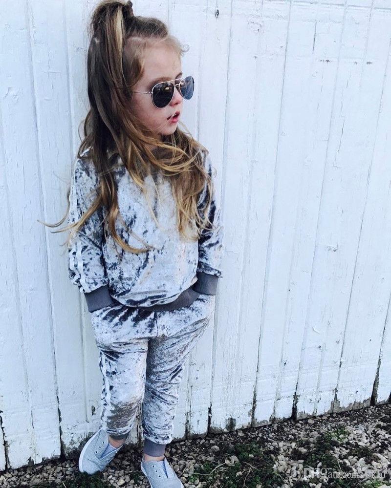 2018 طفل الفتيات الملابس مجموعات أطفال بنات قطعتين رياضية الرياضة البدلة المخملية مجموعات قمم + السراويل ربيع الخريف ملابس الأطفال عارضة مجموعة