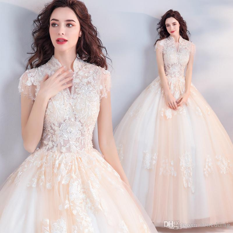 2018 Lace Beaded Vintage Evening Dresses High Neck Cap Sleeves Tulle Prom Dresses Elegant Charming Bridesmaid Formal Party Gowns