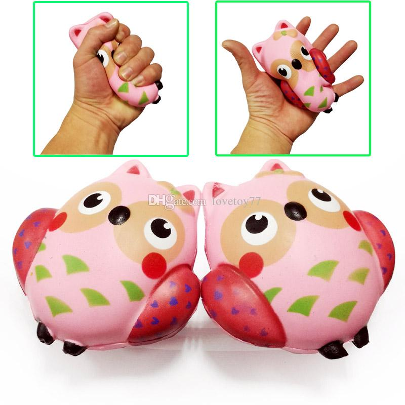 Wholesale squishy owl 12cm simulation animal foamed bread cake slowly bounces back the Cute squishies Jumbo Decompression Toys