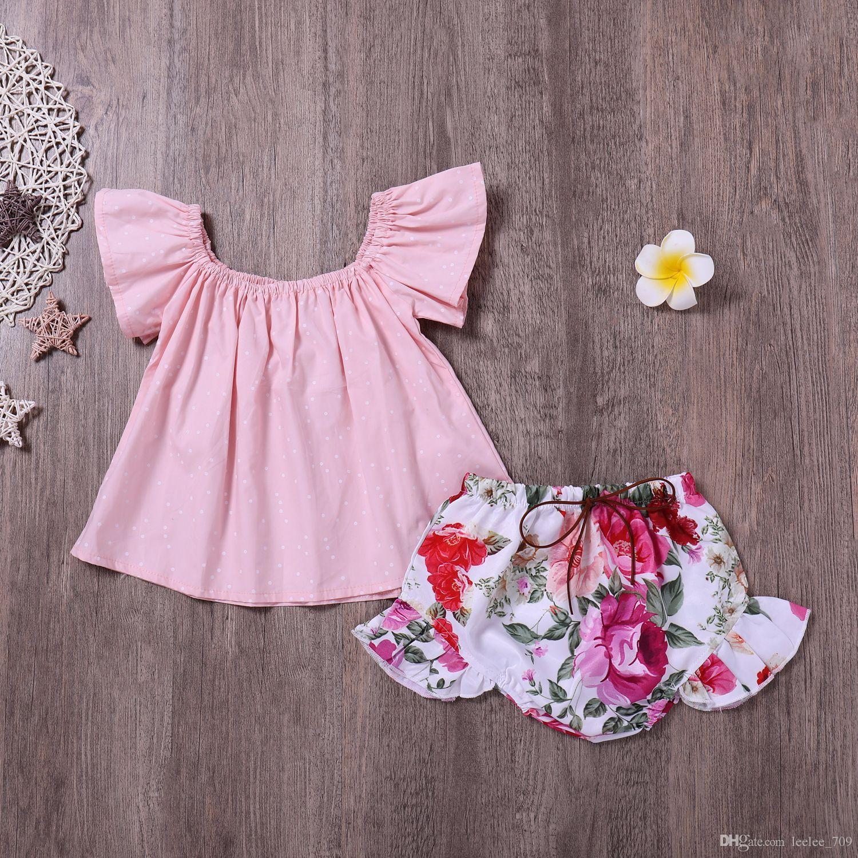 2018 küçük kızlar yaz kıyafetler bebek giyim setleri çocuklar kapalı omuz başında noktalar t-shirt + Gül çiçek şort olgunlaşanlar ...