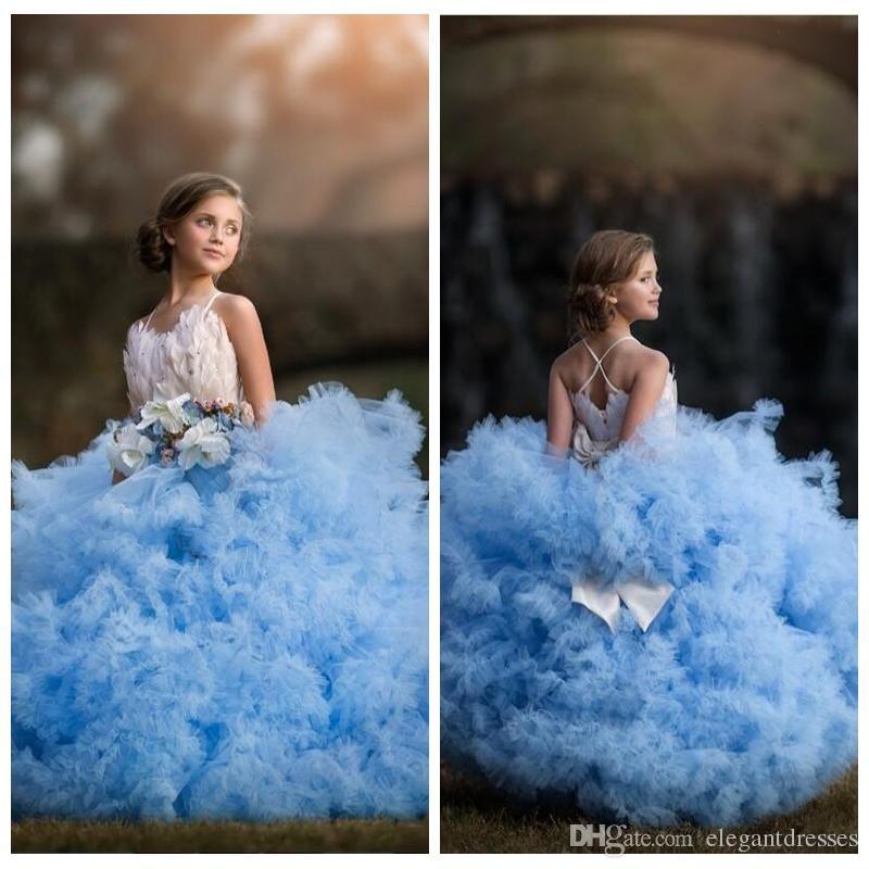 2021 Novo Design Puffy Tulle vestido de baile Meninas Pageant Vestidos Feather Adorned arco frisado macias em camadas Flor Meninas Vestidos Para Crianças Partido Vestidos