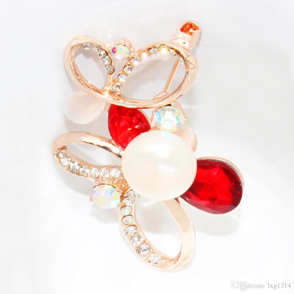 El último broche de perlas de agua dulce natural aleación aleación diamante broche perla grande