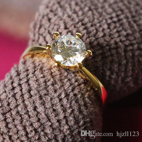 Классический дизайн обручальное кольцо 0.6 ct синтетический бриллиантовое кольцо для Леди стерлингового серебра 24 K желтое золото покрытием обручальное кольцо с коробкой