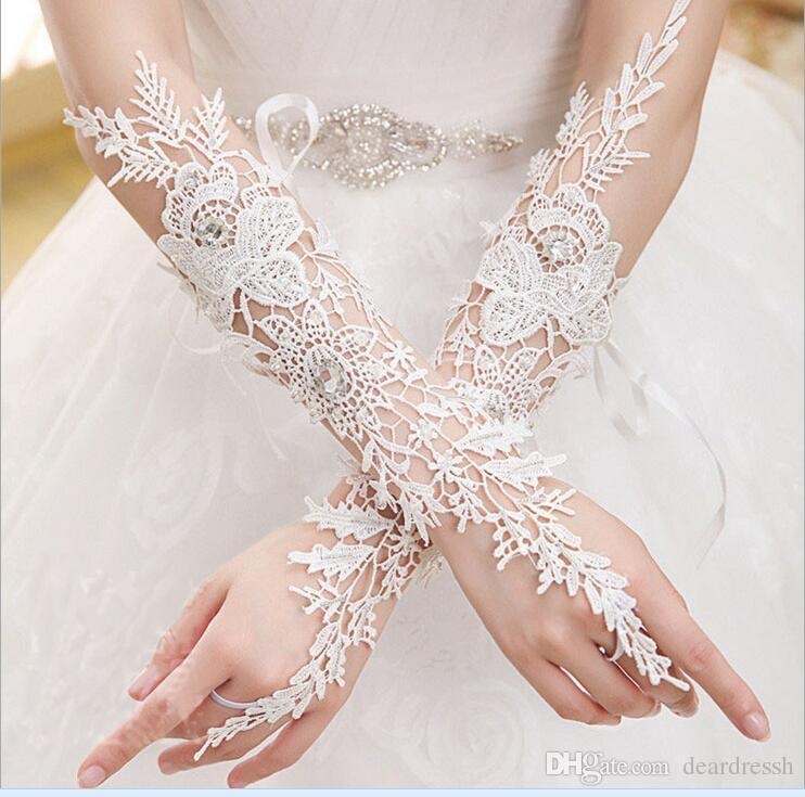 Elbow Length Ivory Lace Long Elbow Length Bridal Gloves Fingerless Crystal Beaded Short Bridal Glove Wedding Accessories Short Rhinestone