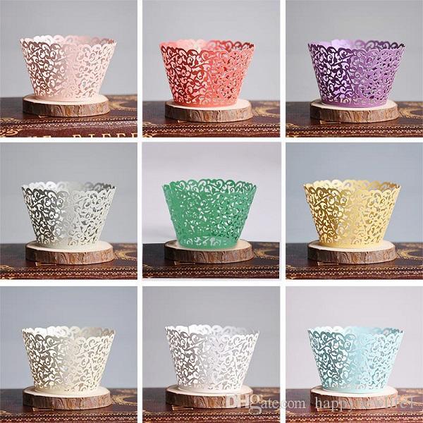 جديد وصول 10 قطع متعدد الألوان الإبداعية كرمة الدانتيل الليزر قطع المجمع cupcake اينر الخبز كأس الكعك ل حفل زفاف عيد