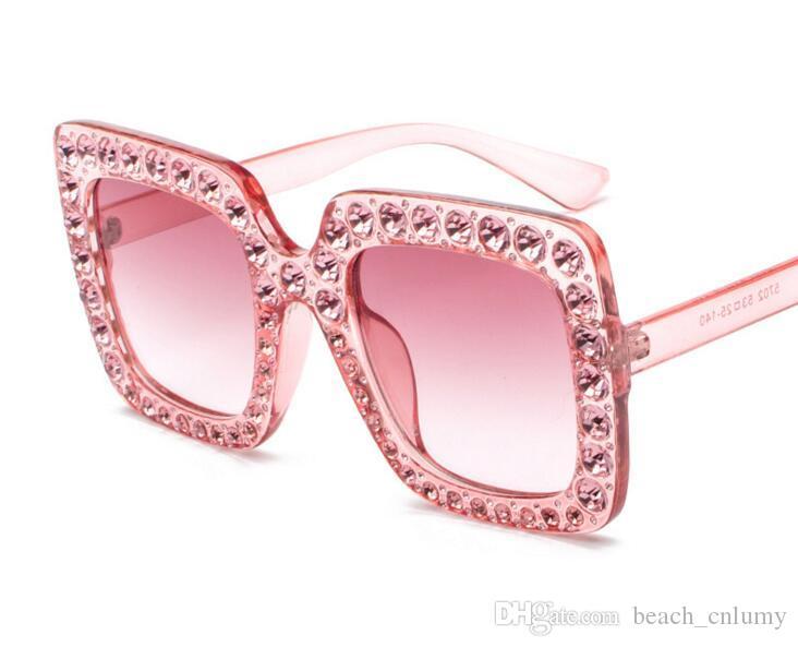 Occhiali da sole quadrati classici di alta qualità Diamanti di strass Diamonds Mens Womens Moda occhiali da sole occhiali occhiali rosa lenti vetro accessori all'ingrosso