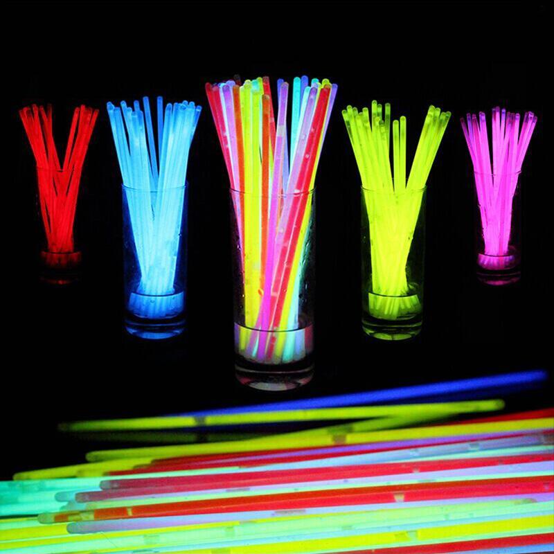 100pcs /Set Evening Concert Wedding Birthday Christmas Party Supplies Fluorescent Bracelets Glow Sticks Night Light Sticks