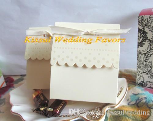 (100 adet / grup) Taraklı-Kenar Fildişi Düğün Şeker Kutuları Parti dekorasyon hediye kutusu ve Gelin duş favor Için kutu ve iyilik