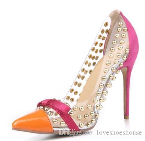 Moda pvc dedo del pie acentuado claro bombas de las mujeres remaches delgados tacones altos Studs oro lindo Bowtie Wedding Party zapatos señora Chaussure Femme