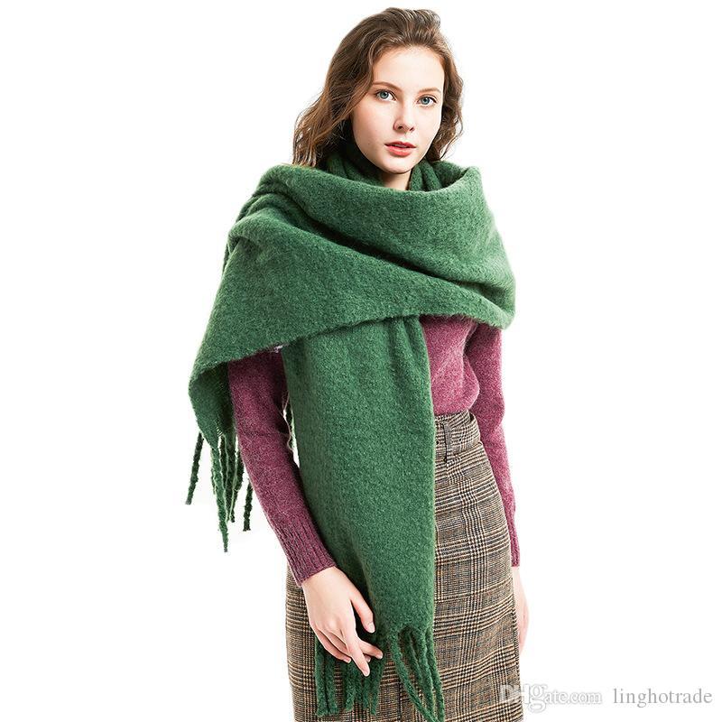 جديد وصول أزياء الخريف الشتاء سميكة النساء وشاح عادي شالات مصمم جديد شرابة الاعوجاج الفاخرة الصلبة الألوان والأوشحة للنساء