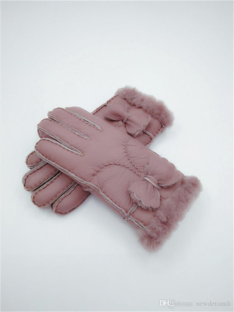 Fashion women Winter Wool Gloves Bow Warm Gloves Windproof Frostproof Leather Gloves 100% Leather Quality