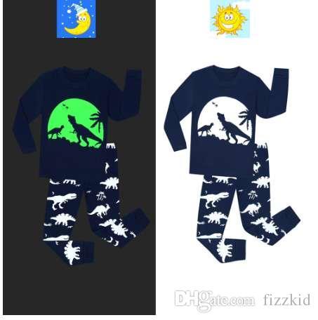 Dinosauro stampato per bambini Sleepwear Neonato Set pigiama per bambini Set di abbigliamento per ragazze Ragazze glow in the dark pigiami Pigiama