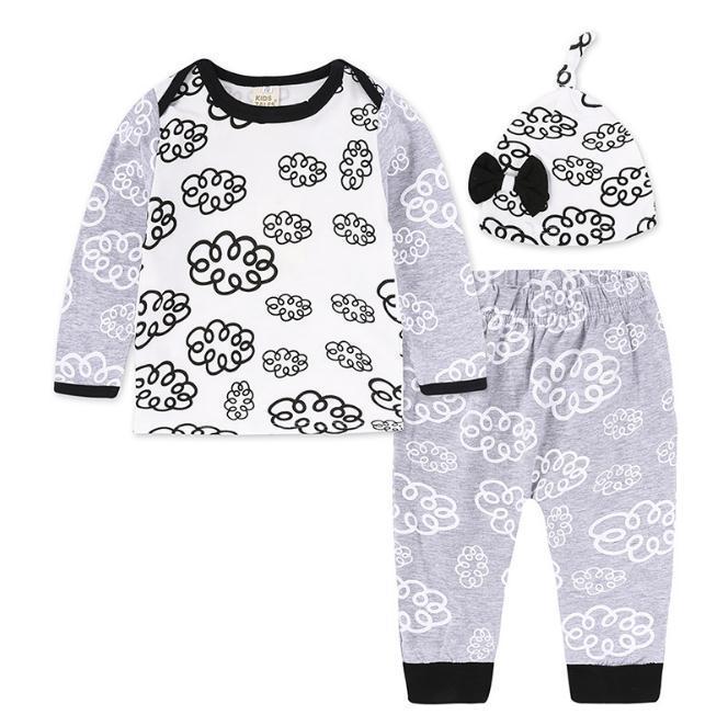 3Pcs / Set Baby Kleidung Set 2018 Herbst Baby Jungen Kleidung Infant Baby Baumwolle Tops T-Shirt + Hosen Leggings Hut 3pcs Outfits Set