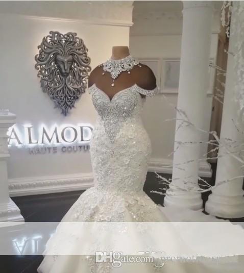 2019 New Designer luxe Dubaï Arabe Mermaid Robes de mariée Plus Taille Cristaux Perlestals Cour de train Robe de mariée Robe de mariée Custom