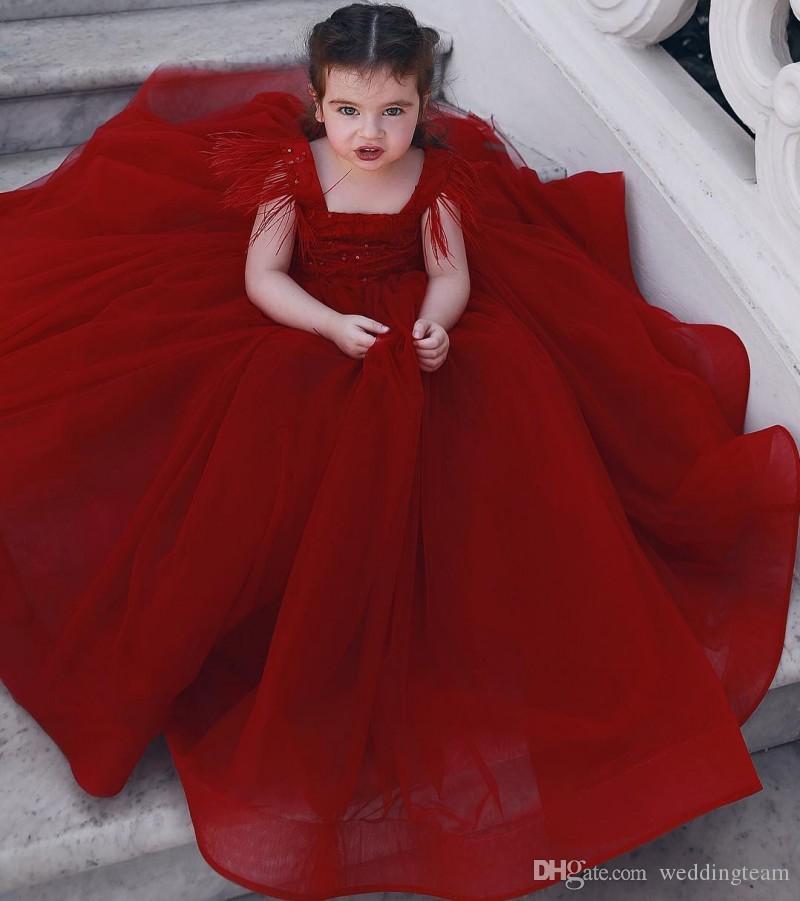 Compre Vestidos Del Desfile De Plumas De Color Rojo Para Niñas Pequeñas Lentejuelas Escote Cuadrado Vestido De Niña De Flores Longitud Del Piso