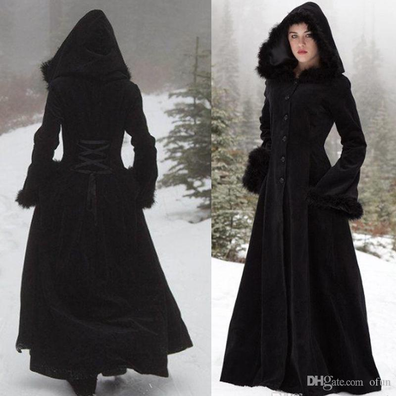 2019 Winter New Fur Button Hooded Cloaks Wedding Capes Wraps Robe Warm Coats Bride Jacket Christmas Black Events Accessories