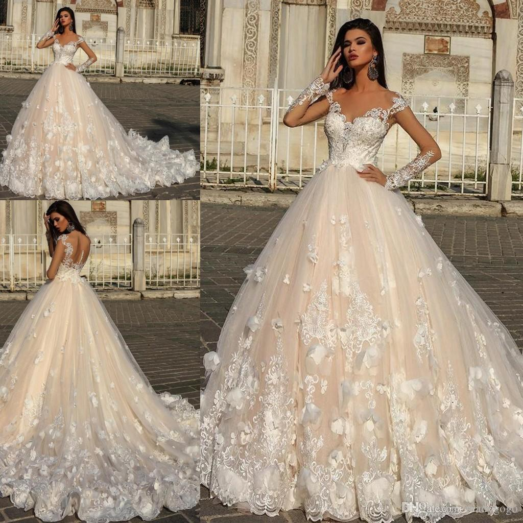 Luxury Lace Floral Butterfly Long Sleeve Wedding Dresses Sheer Back Cathedral Train Plus Size Dubai Arabic Church Wedding Gown