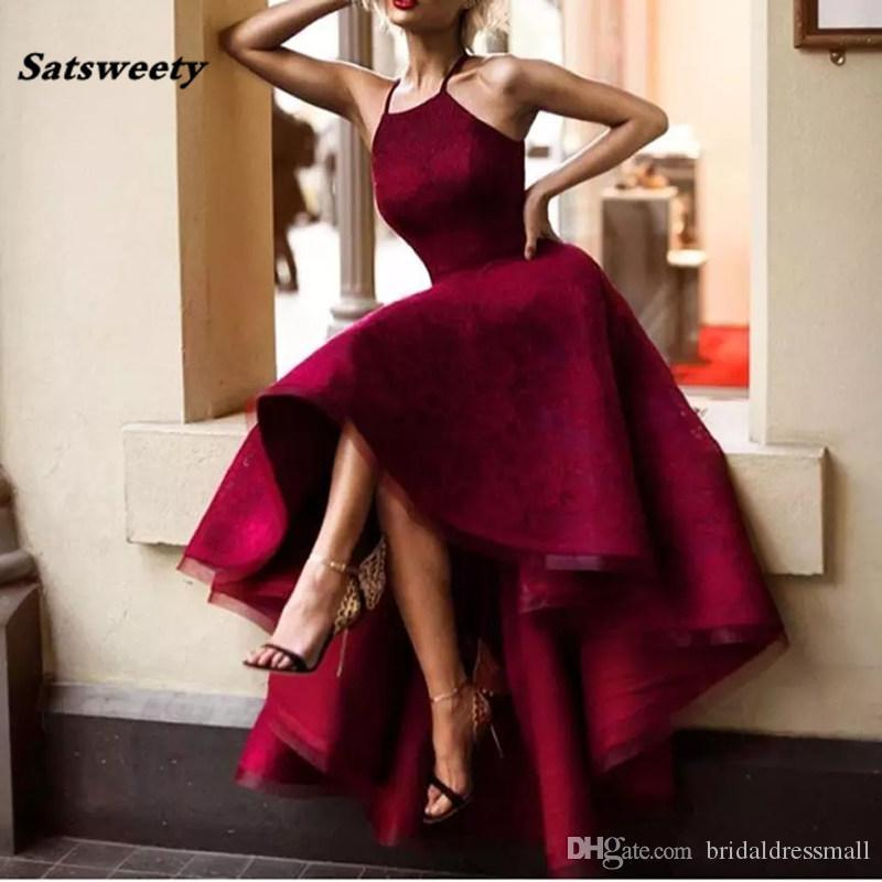 Бесплатная доставка Burgundy вечерние платья цвета Холтер рукавов кружева короткий передний Бэк сексуальные платья выпускного вечера