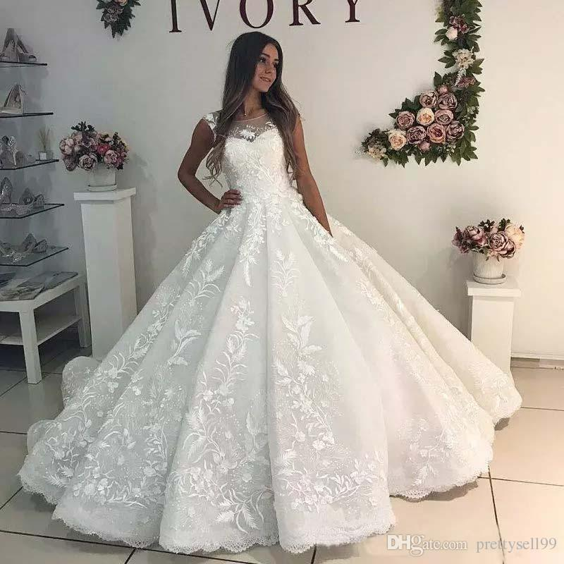 Custom Lace Ball Gown Wedding Dresses 2019 Appliques Sheer Bateau Neck Lace-up BackW Court Train Wedding Bridal Gowns