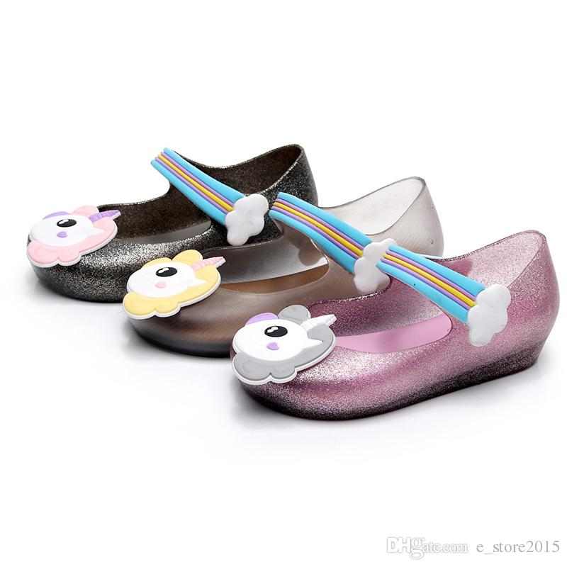 2018 Kids mini sed jelly sandals for baby unicorn children girls princess shoes cute cartoon transparent bling soft beach shoes 010166