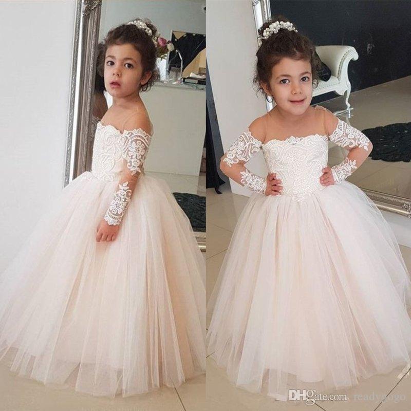 아이보리 레이스 볼 가운 결혼식을 위해 꽃 파는 소녀 드레스 깎아 지른 쥬얼리 넥타이 긴 소매 티셔츠 미식가 드레스 Tulle Kids Communion Dress