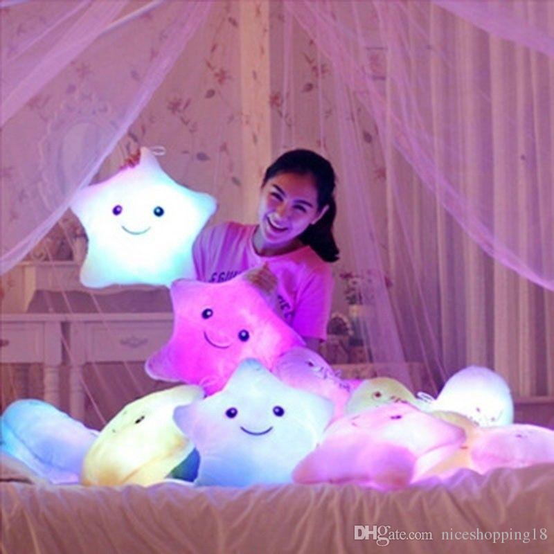 محشوة الدمى LED نجوم ضوء ملون وسادة محشوة الشعبية للأطفال التسلق هدية نجمة للطفل # 240
