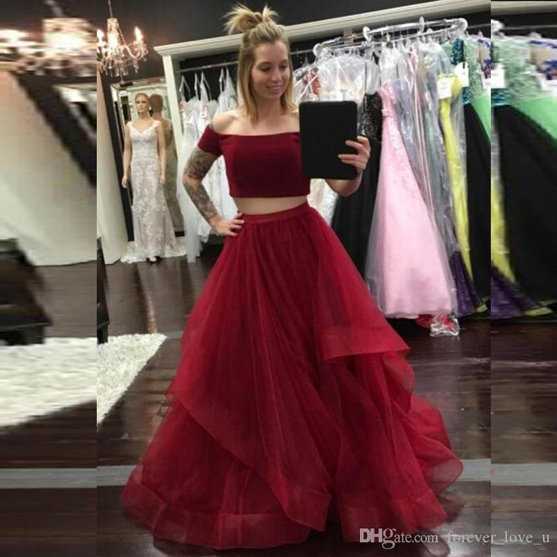 2019 New Arrival Burgundy Two Pieces Prom Dresses Off the Shoulder Short Sleeves Crop Top Ruffles Tulle Skirt Floor Length Evening Gown