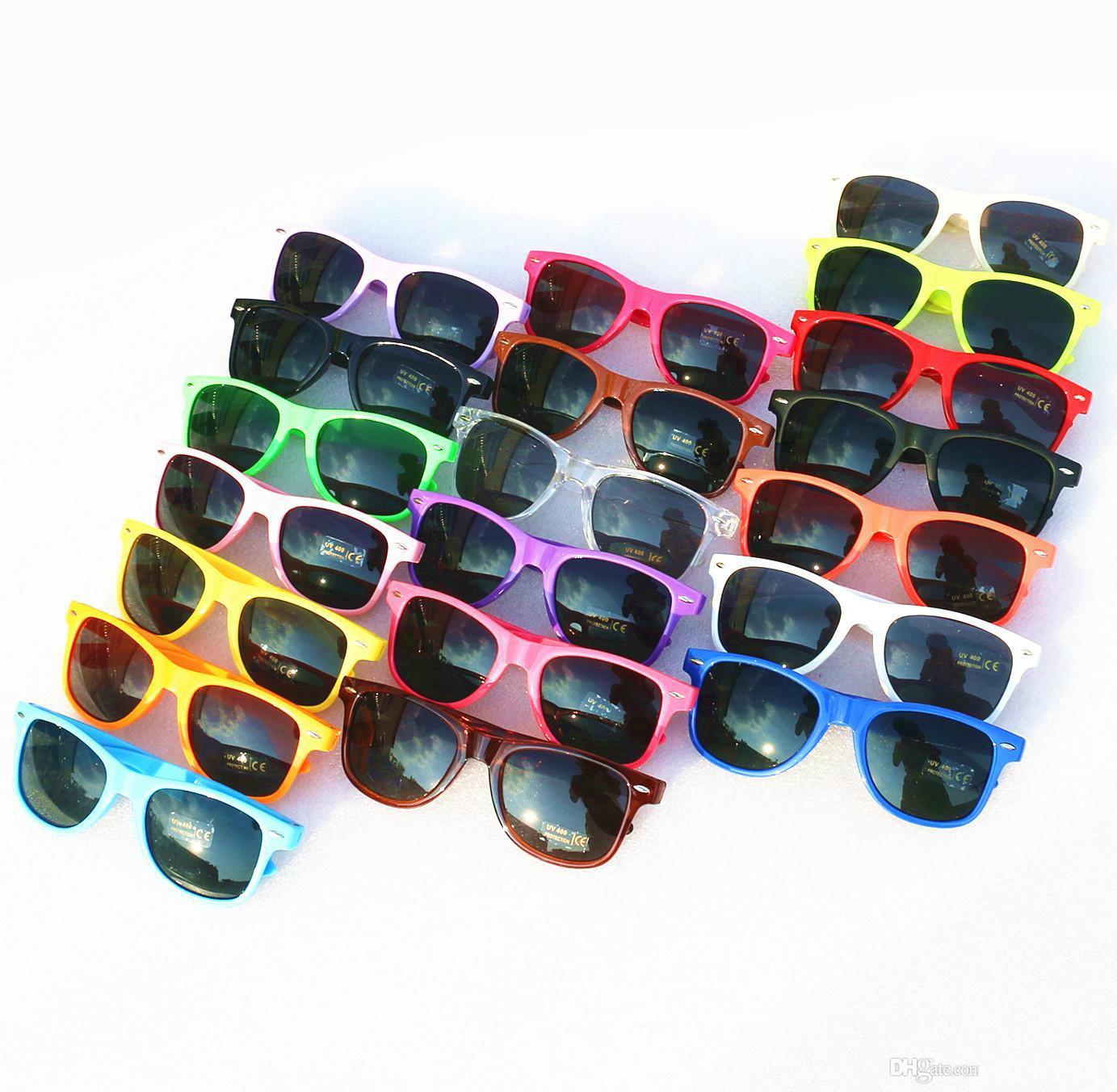 20 adet Toptan kadınlar için klasik plastik güneş gözlüğü retro vintage kare güneş gözlükleri erkekler yetişkinler çocuk çocuk çok renkler