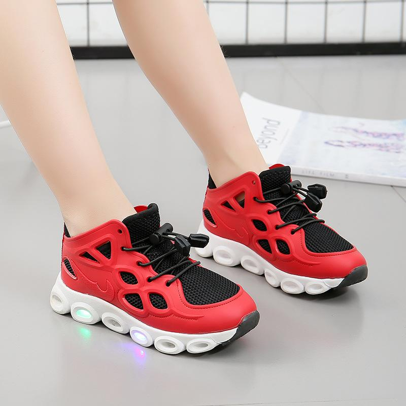 2018 children bright lights knitted mesh sports shoes boy anti-skid light running shoes girl LED light shoes