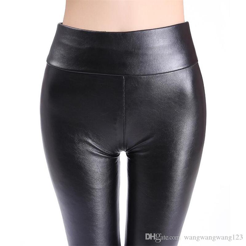 Россия Женщины PU кожаные штаны Elastic высокой талией тонкий плюс бархат теплый черный яркий PU синтетическая кожа брюки Узкие брюки Леггинсы
