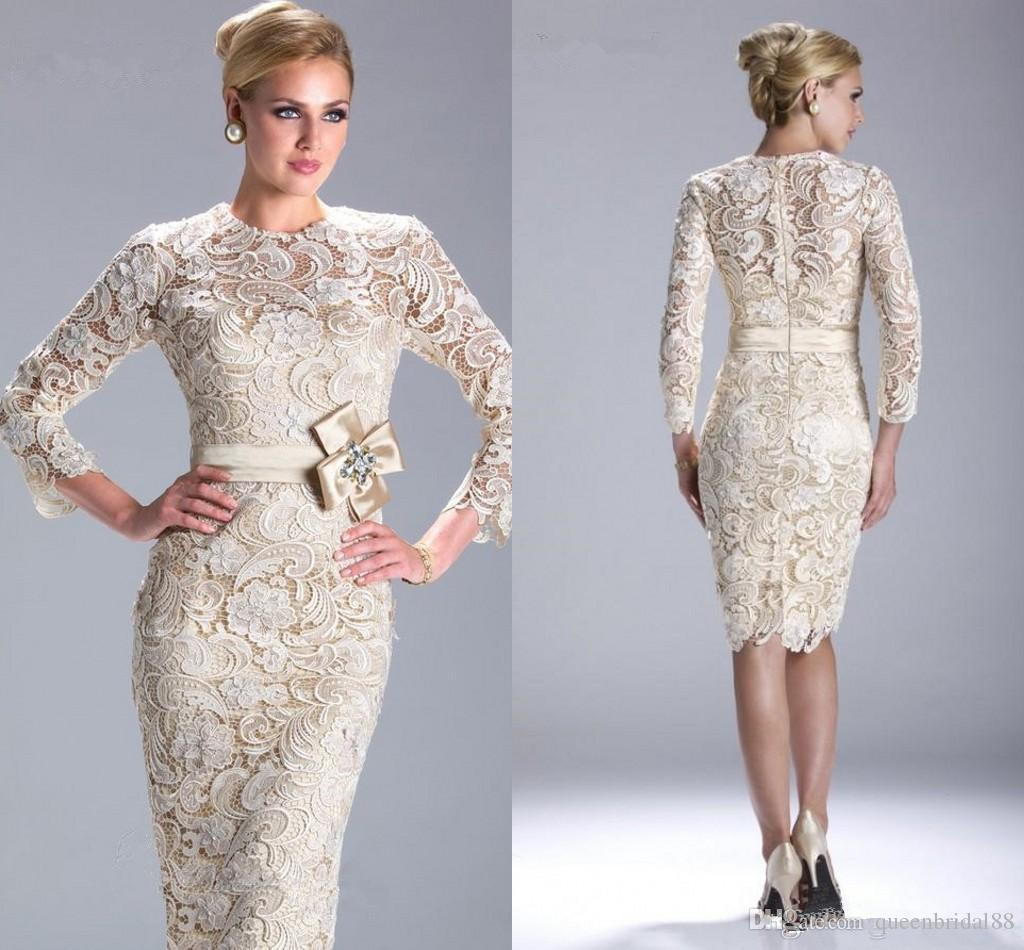 Modest Knee Length Lace Short Mother of the Bride Dresses with Long Sleeves Sash Zipper Back Wedding Guest Dress