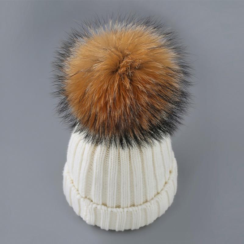 Evrfelan جديد ماركة الشتاء قبعة ريال فوكس الفراء الشتاء قبعة للنساء بوم بومس قبعة دافئة الفتاة الصوف الدافئة قبعة الأزياء محبوك بيني