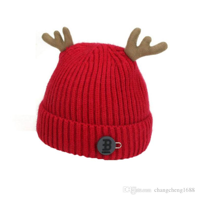 Skull Caps Red Christmas Deer Winter Warm Knit Hats Stretchy Cuff Beanie Hat Black