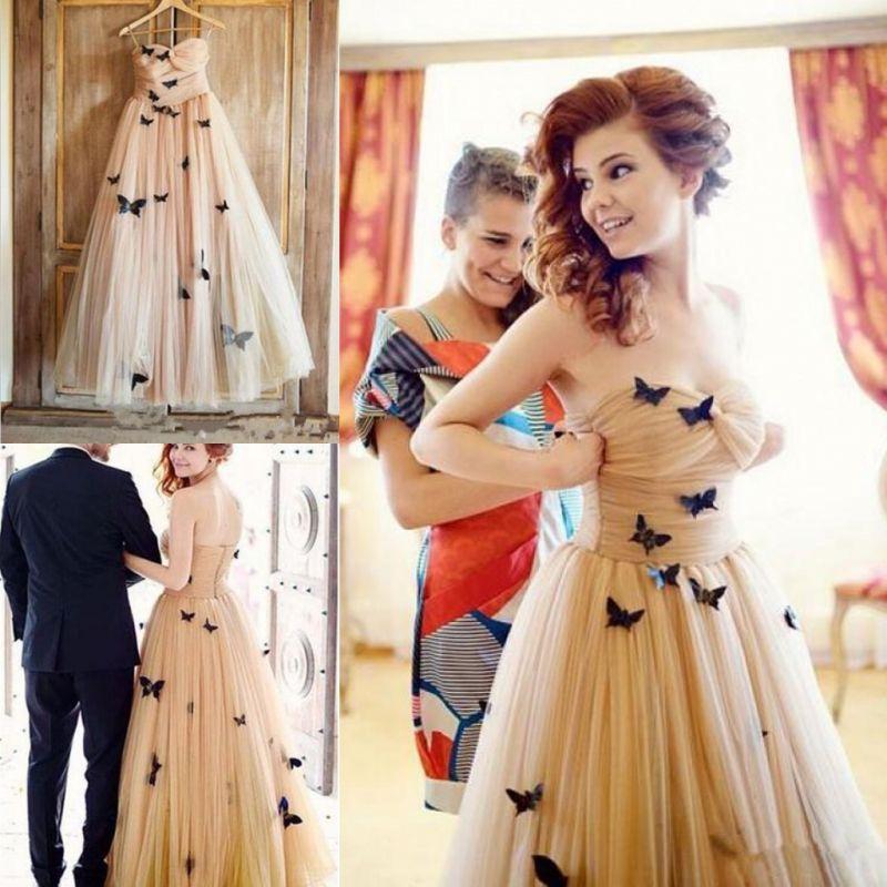3D 나비 Applique 댄스 파티 드레스 샴페인 머플러 Strapless 이브닝 가운 소프트 Tulle 칵테일 여성 공식 파티 드레스 바닥 길이