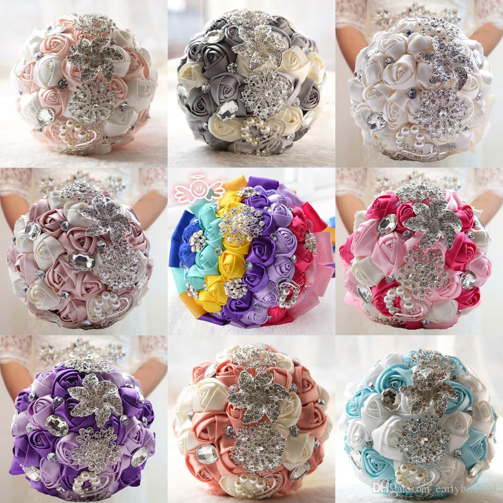 2018 Новые свадебные букеты жемчуг горный хрусталь искусственные атласные розы Пози брошь букет для невесты невесты на заказ CPA1543
