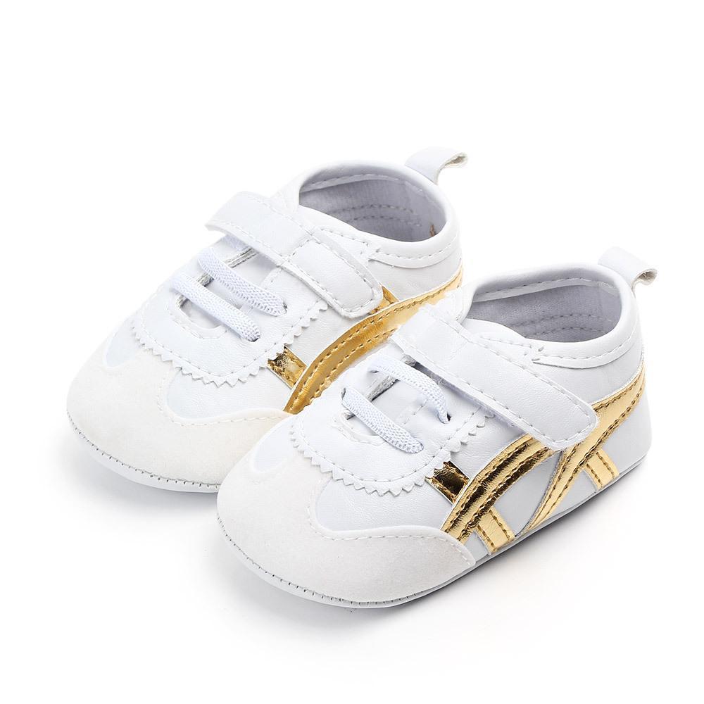 Bebés Meninas Menino Sapatos Sneakers de outono sólido Unisex Crib Shoes infantil PU Calçados de couro menina Baby First Walker Shoes