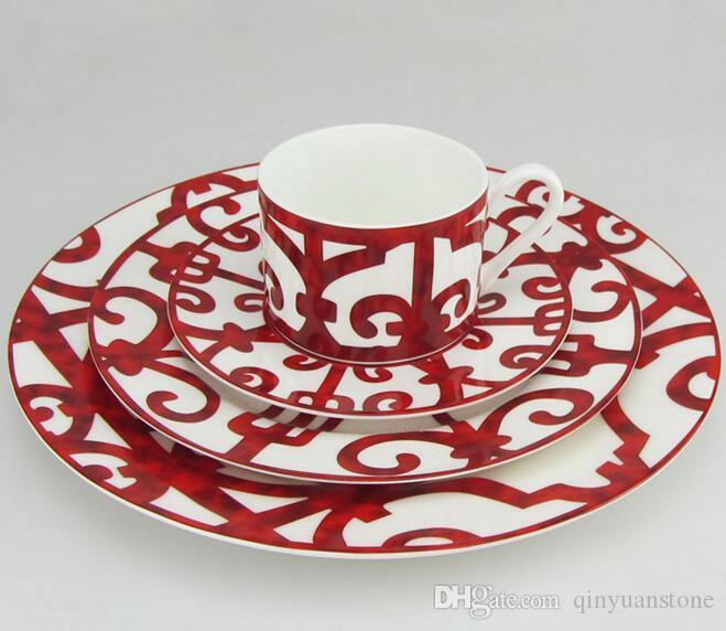 الحديد الأسبانية الصين مجموعات لوحة نافذة عشاء العظام لوحات الطعام أطباق السيراميك أواني الطعام مجموعات حزمة لوحة شريحة لحم من 4