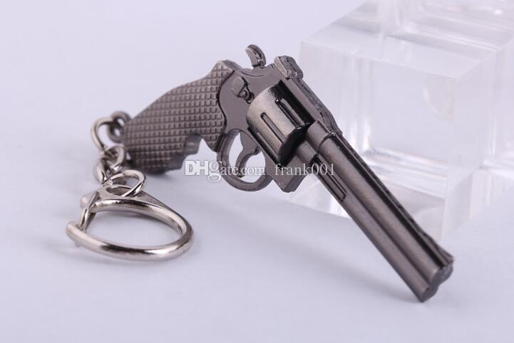 6cm 미니어처 리볼버 권총 무기 패션 모델 키 체인 키 반지 새로운 미니 총 열쇠 고리 남자 쥬얼리 깜짝 선물