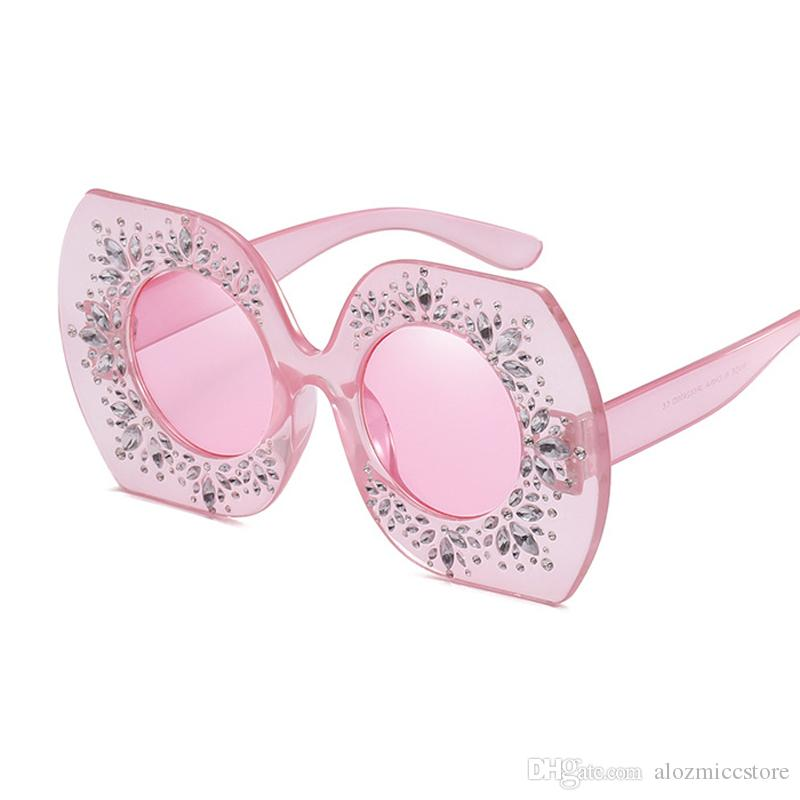 2019 Rhinestone-Quadrat-Rahmen Große Sonnenbrillen Frauen Mode-Marken-Schwarz-Rosa übergroße Sonnegläser für Frauen arbeiten Weinlese-Schatten W103