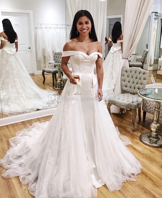 Cariño fuera del hombro Vestidos de novia de una línea Vestidos de novia de encaje y satén Peplum robe de mariage 2019