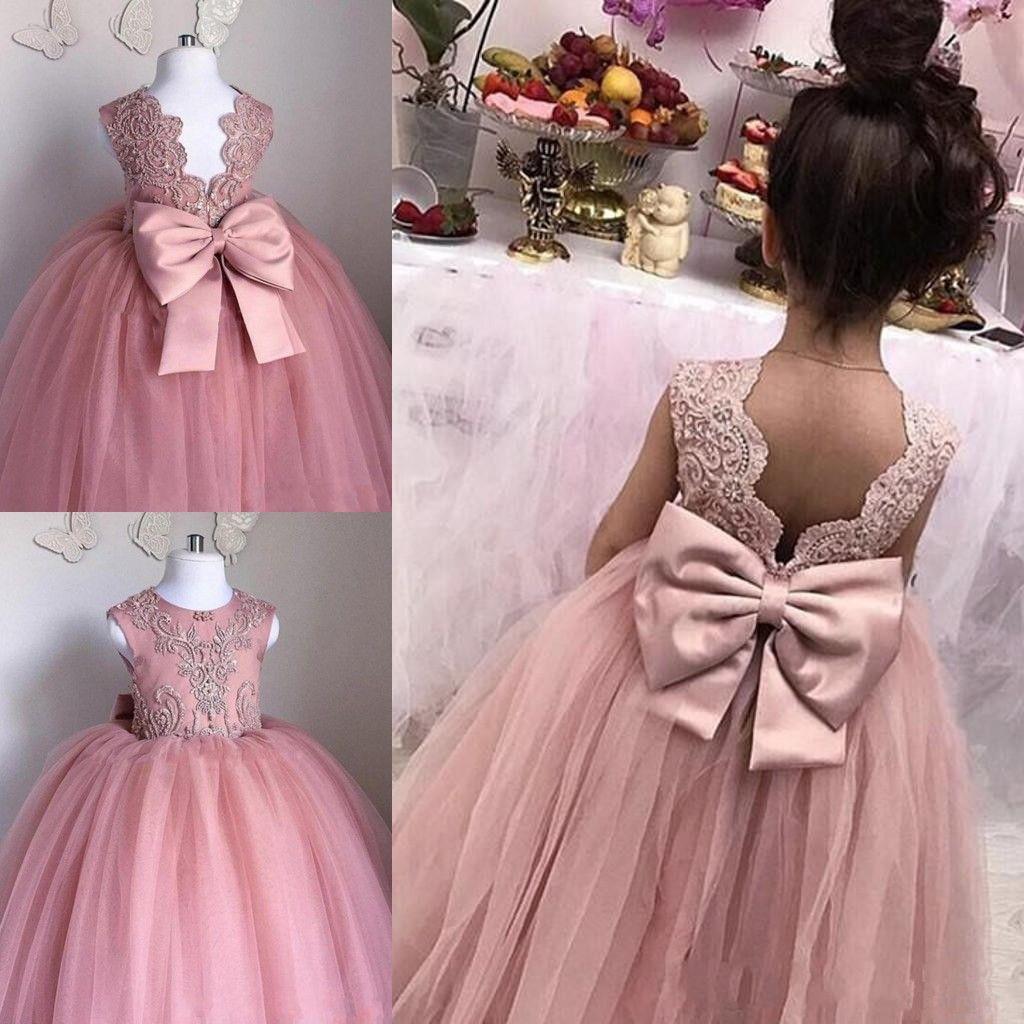 2020 Erröten rosa Blumen-Mädchen kleiden Sheer Jewel Ausschnitt Ärmel SpitzeAppliques Tulle-Mädchen-Festzug-Kleider Geburtstag Kleider mit großem Bogen