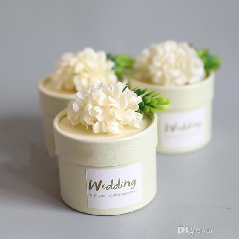 30pcs Elfenbein Blumen Pralinenschachtel Falten Liebe Geschenkverpackung Boxen Romantische Hochzeit Süßigkeitskästen Geschenkbox