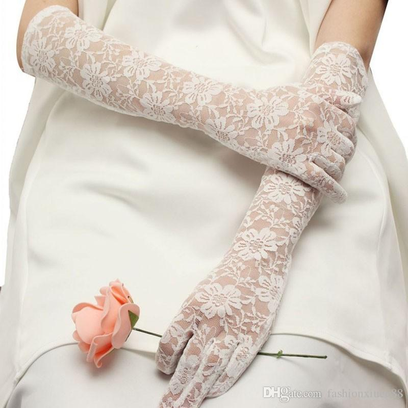 2018 New Arrival Sexy White Lace Long Wedding Gloves Soft Wedding Accessories One Size In Stocks Bridals Gifts Real Sample