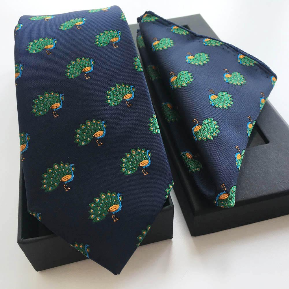 Corbata de marca de diseñador de marca famosa Corbata de seda 100% de lujo con caja de regalo de pañuelo
