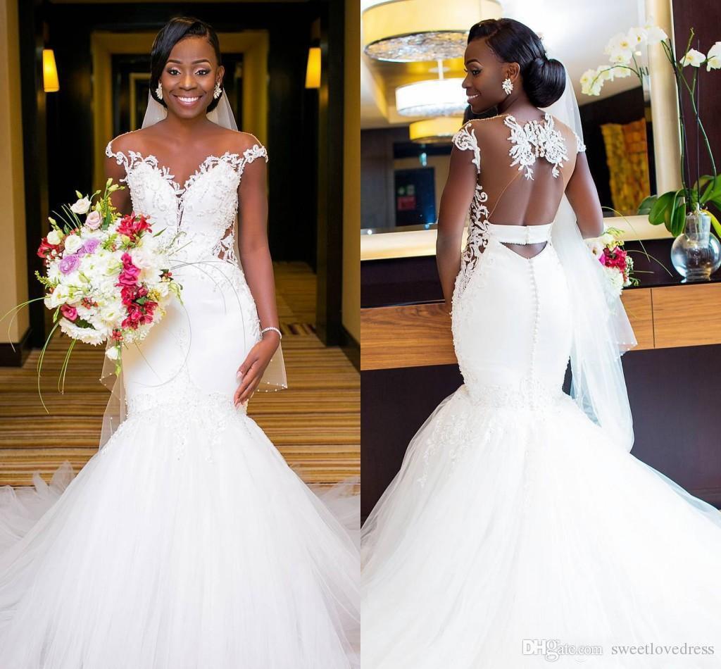 2018 Sexy Backless African Mermaid Abiti da sposa in pizzo Nero Ragazza Applique Sweep treno Beach Bohemian abito da sposa Sheer Neck Abiti da sposa
