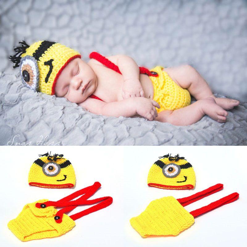 Recién llegado Crochet Minions Clothing Set recién nacido bebé de dibujos animados fotografía fotografía apoyos de punto bebé sombrero invierno